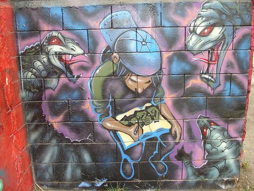 Graffiti en paredes muy buenas! ... .